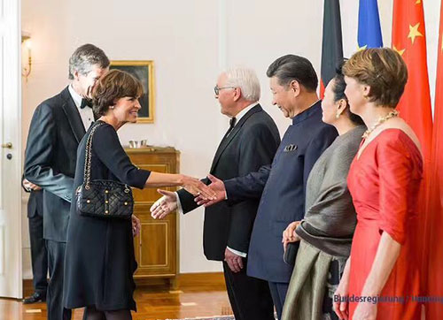 President Xi Jinping and his wife and the German President and his wife met with the Chairman of TRUMPF